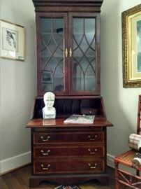 "Vintage Thomasville ""Beacon Hill"" banded/burl wood mahogany secretary."