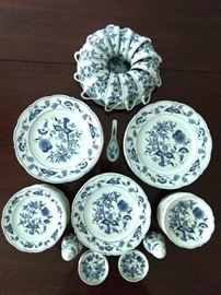 60-Piece set Blue Danube china.