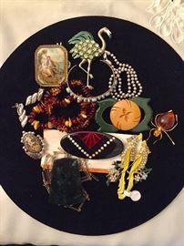 Bakelite, amber and vintage jewelry