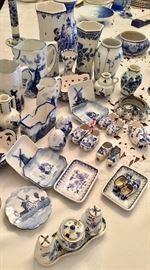 Blue and white china - Delft