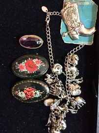 Costume jewelry, Lacquer pins