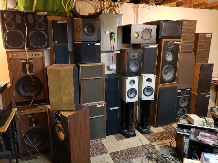 Vintage Electronics Builder/Collector's Sale,    starts on 9