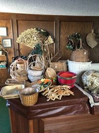 Basketware, Starfishes, misc