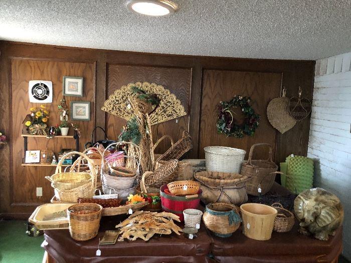 Nice assortment of basketware