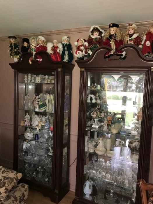 TWO EARLY AMERICAN STYLE LIGHTED CURIO CABINETS