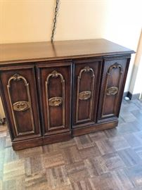 Vintage pullout table with leaves