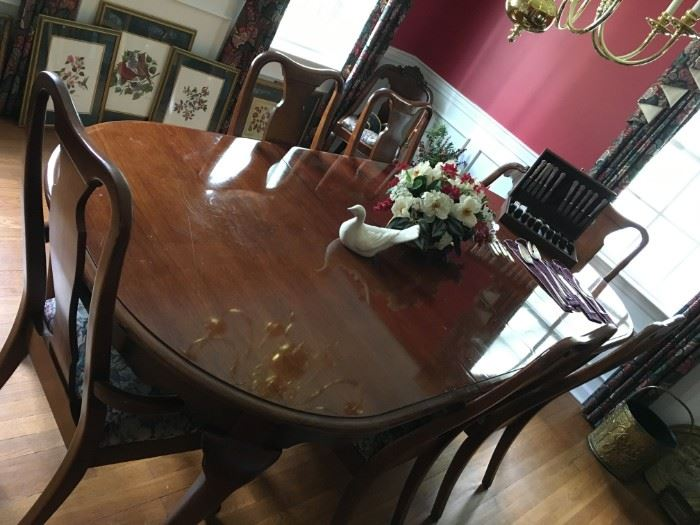 Dining Table, 2 leaves, 6 Chairs