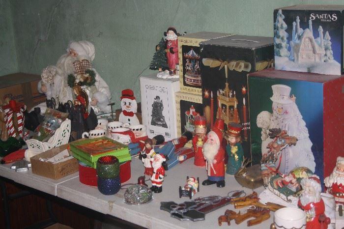 LOADS OF CHRISTMAS