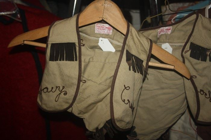 VINTAGE CHILD'S DAVY CROCKET OUTFIT