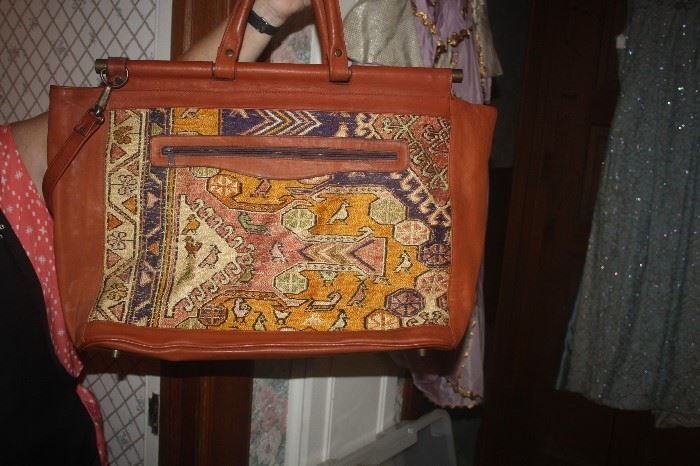 VINTAGE OLD NEW STOCK DUFFLE BAG MADE IN ISTANBUL