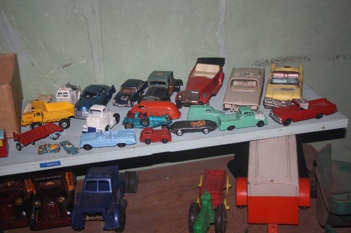 MORE VINTAGE TOYS ~ CARS AND TRUCKS