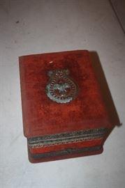 VICTORIAN SHAVING SET IN BOX