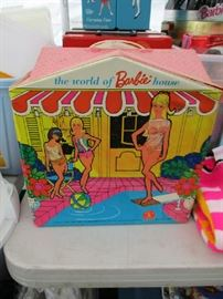 BARBIE CASE HOUSE