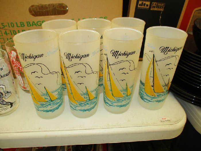 VINTAGE MICHIGAN GLASSES