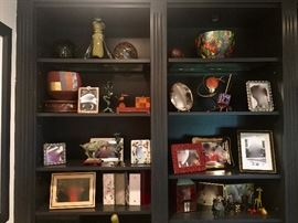 Collectibles & decorative items