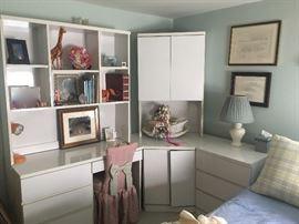 Mica bedroom set