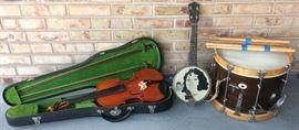 Vintage Ludwig drum with sticks & canvas case (violin & banjolele are SOLD)