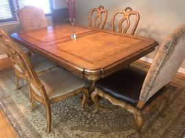 """Dining room table and chairs - includes 2 additional leafs!! Table dimensions 78"""" long x 48"""" wide as shown (leafs not photographed)"""