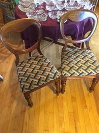 Victorian Balloon-back side chairs (set of  4)