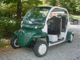 2008 Gem e4 car, excellent condition, batteries have all been replaced recently, fully licensed for street use.