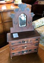 """""""Salesman's Sample"""" Miniature Antique Dresser, very RARE"""