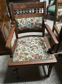 Vintage wooden and upholstered chairs (set of 4)