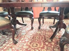 Double pedestal dining room table (includes 2 leaves)