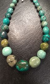 Turquoise natural stone graduated balls necklace...