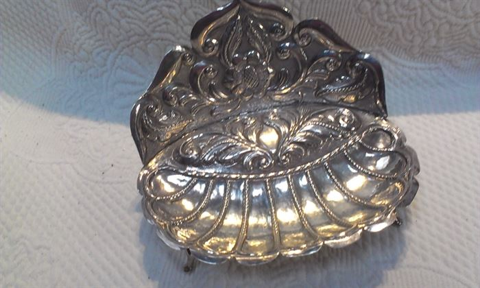 STERLING highly detailed trinket dish, 145.7 grams + MORE TO COME after Features