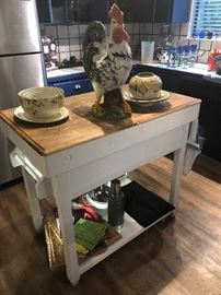 Sturdy , well built Kitchen Island