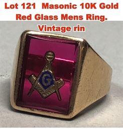 Lot 121 Masonic 10K Gold Red Glass Mens Ring. Vintage rin
