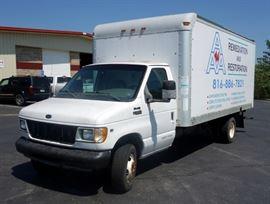 1999 Ford E-350 Econoline 18' Box Truck / Van, Triton V8 Engine, Ramp, Odometer Reads 157,395, VIN # 1FDWE37L0XHA83532