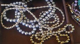 Genuine honora pearls