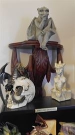 Fabulous dragons collection with display