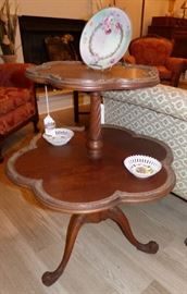 Two tier Pie Crust Table