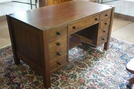 Stickley partner desk double-sided in mahogany