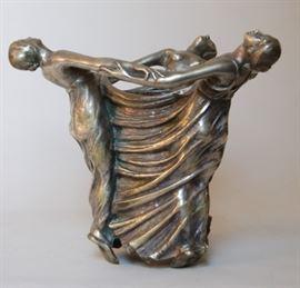 French Art Nouveau centerpiece silvered bronze, signed G. Caron, circa 1910