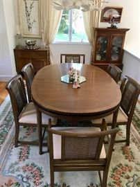 mid-century style table with 6 chairs by White