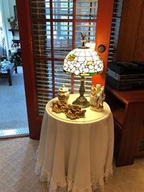 Contemporary Tiffany lamp