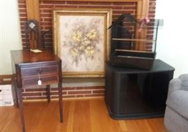 end table sold oil painting, bird cage, TV Cabinet