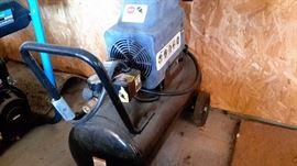 SA Air Compressor, 20HP, 125psi