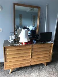 Mid modern dresser w/mirror