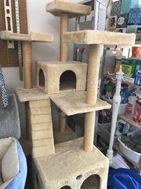 Cat climber (LARGE)