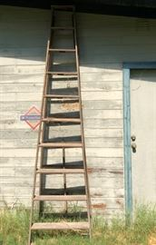 Wood Ladder (Perfect for Rustic Weddings, Decor, etc.)