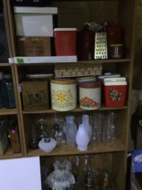 Coal oil lamps, Chimneys, Canister sets, at least 15 canister sets