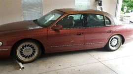 1995 Lincoln Continental, 39k miles, 1 OWNER Pre sale available