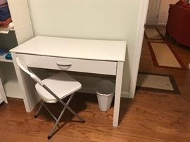 Desk White with chair