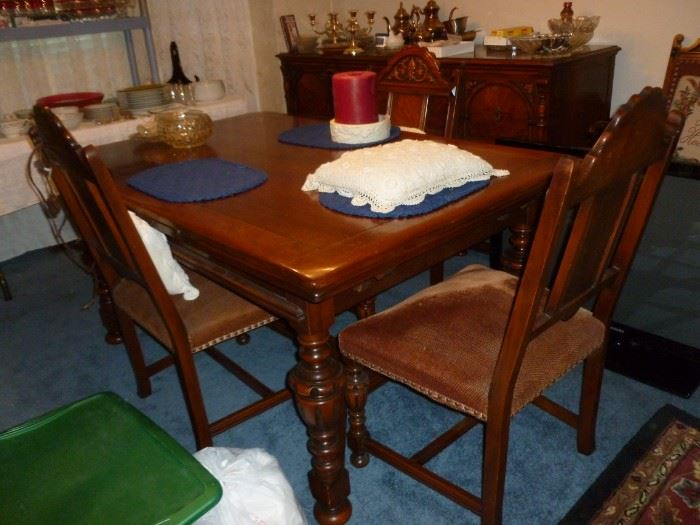 Matching Table w/6 chairs