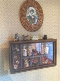 PICTURE AND WALL CURIO