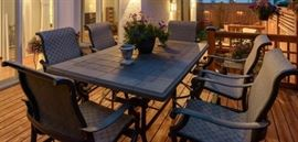 Hi Top Patio Table and Chairs